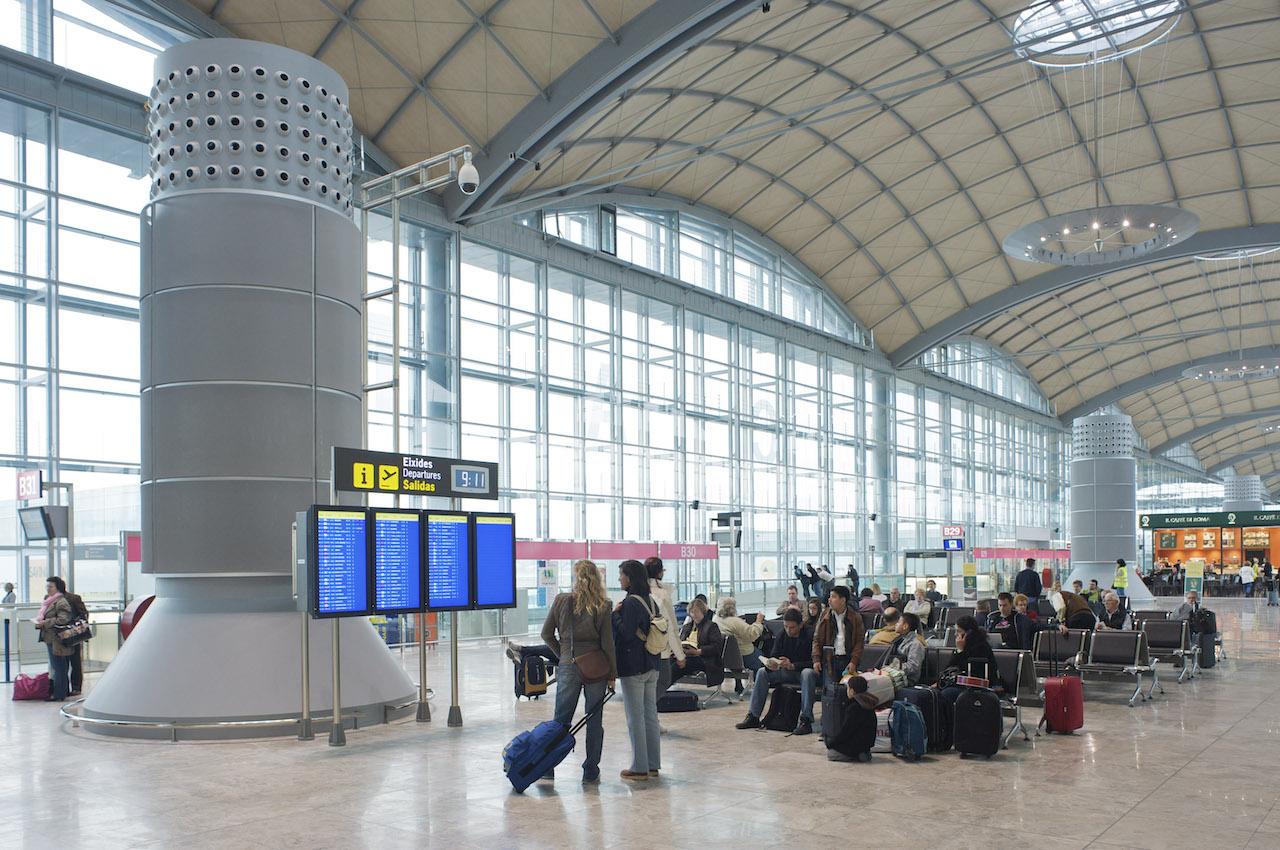 Alicante-Elche Airport terminal