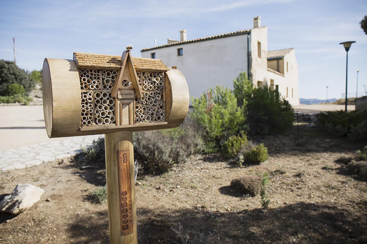 Bee&Bee hotel (Turrones Picó)