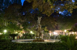 Evening fountain setting in Alicante city
